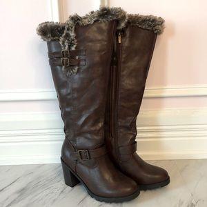 Cloudwalkers by Avenue, Heeled Zip-up Boots 8 Wide